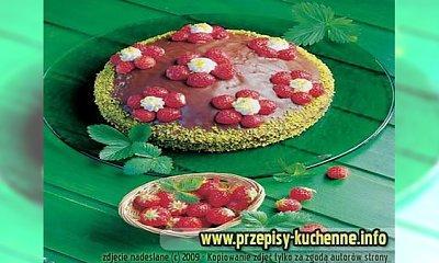 Tort truskawkowy z polewą