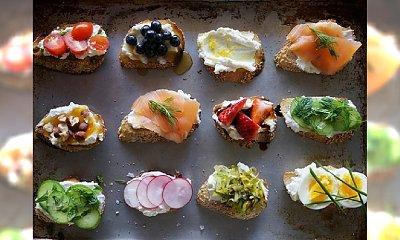 """15 super pomysłów na łatwe i szybkie przystawki """"finger foods"""""""