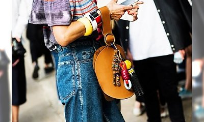 """Powrót do lat 90-tych. Bransolety """"Bangles"""" znowu zawitały na ulicach stolic mody!"""