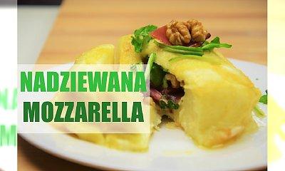 Mozzarella nadziewana rukolą i szynką