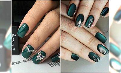 Szmaragdowy manicure to gorący trend jesieni! Zobaczcie, jak rewelacyjnie wyglądają paznokcie w tym kolorze