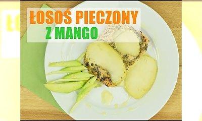 Szybki obiad: pieczony łosoś z mango