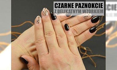 Czarny manicure z dodatkiem nude i letnim zdobieniem