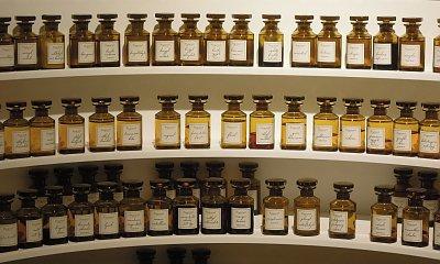 Perfumy kontra wody toaletowe – co wybrać na ważną okazję?