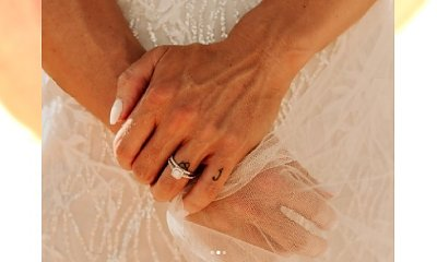 """Tak bardzo wstydziła się swoich """"męskich"""" dłoni na zdjęciach ślubnych, że... BOLI OD SAMEGO PATRZENIA!"""