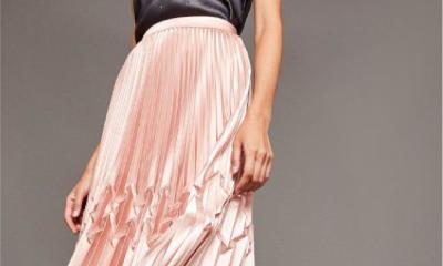 Plisowane spódnice - modny i kobiecy składnik stylu