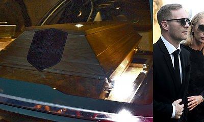 Pogrzeb, to nie rewia mody, ale ktoś włożył t-shirt na ostatnie pożegnanie Piotra Woźniaka - Staraka