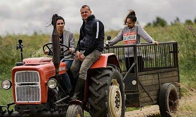 """Rolnik szuka żony: Seweryn szokuje widzów swoim frywolnym zachowaniem. ,,Basen postawimy i w kisielu będziecie walczyć"""""""