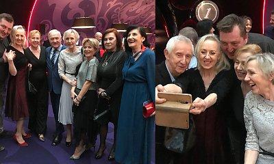 """Uczestnicy """"Sanatorium miłości"""" szaleją na premierze filmu """"Zenek""""! Wiemy, kto jest razem!"""