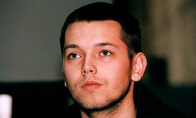 """Autor hitu """"Kroplą deszczu"""" pojawił się na premierze """"Pętli"""". Jak teraz wygląda Gabriel Fleszar?"""