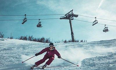 Tłumy narciarzy na stokach narciarskich. Minister zdrowia wysyła kontrole i zapowiada zamknięcie