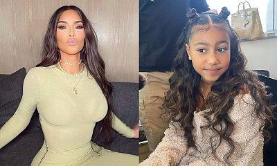 Kim Kardashian wyprostowała naturalnie kręcone włosy córce, North! Powinna to robić?