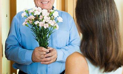 """""""Teść mnie podrywa. Wysyła mi kwiaty i bieliznę do pracy. Czuję się osaczona"""""""