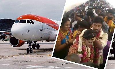 Pobrali się w samolocie, aby ominąć obostrzenia covidowe! Na pokładzie było ponad 160 gości!