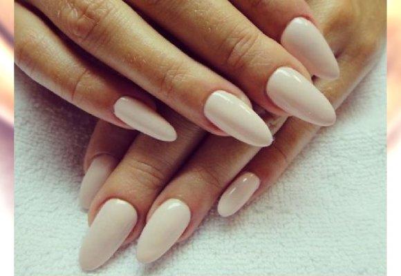 Klasyka I Prostota Piękny Manicure Na Wielkanoc