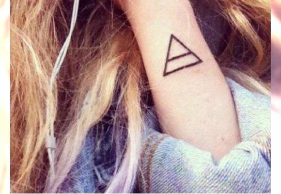 Tatuaż Geometryczny Strzałki Trójkąty Koła I Inne Modne
