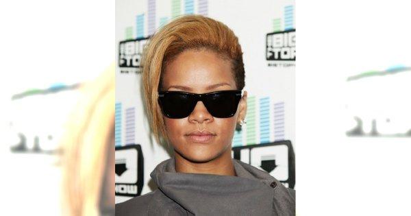 Blond Rihanna