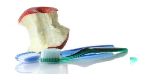 Jabłko zamiast szczoteczki
