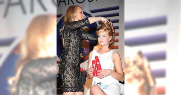 Miss Polonia na pokazie fryzur