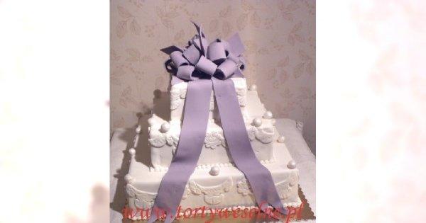 Jaki tort weselny wybrać?