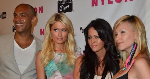 Paris Hilton na imprezie Nylon Magazine