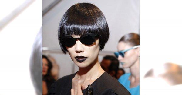 Rockowe stylizacje we fryzurze i makijażu