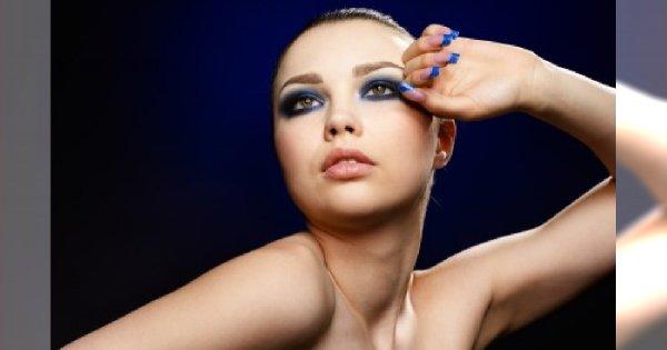 Kolorowe końcówki - alternatywa dla frech manicure?