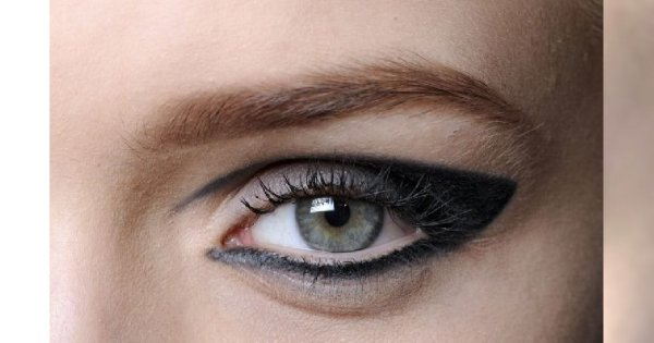 Eyeliner vs. kredka – co wybrać?
