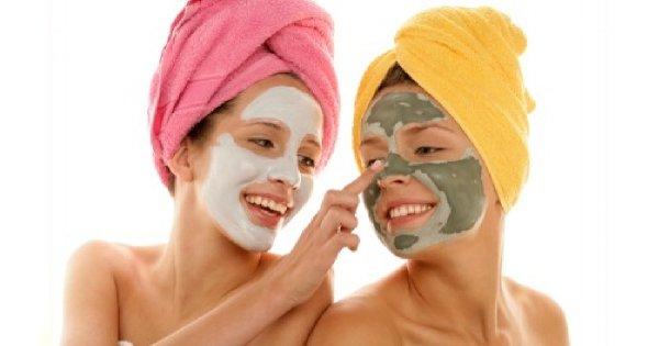 5 zabiegów kosmetycznych, które brzydko pachną