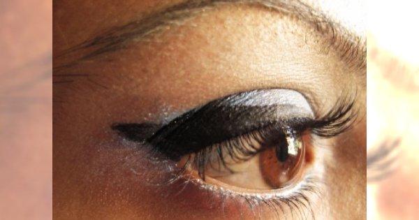 Jak przy pomocy makijażu powiększyć oczy?