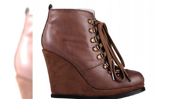 Buty od Miss Selfridge - jesień 2011