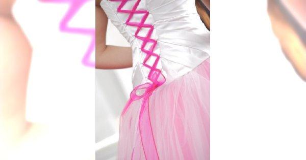 Suknie ślubne przełamane kolorem