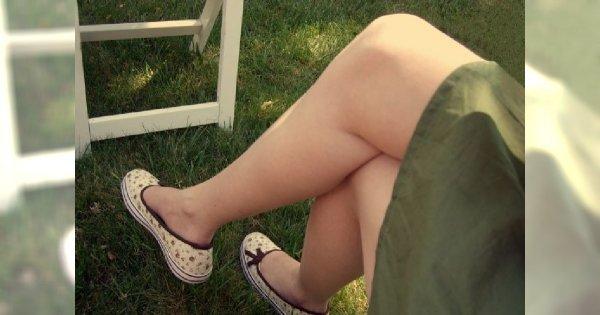 Krostki na nogach – skąd się biorą?