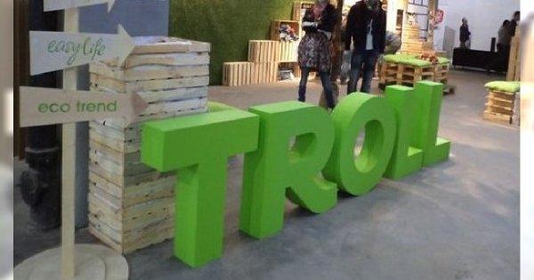 Troll na Fashion Week Poland