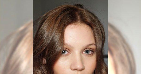 5 kosmetyków z domowej apteczki na zmęczone oczy