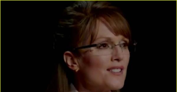 Julianne Moore jako Sarah Palin