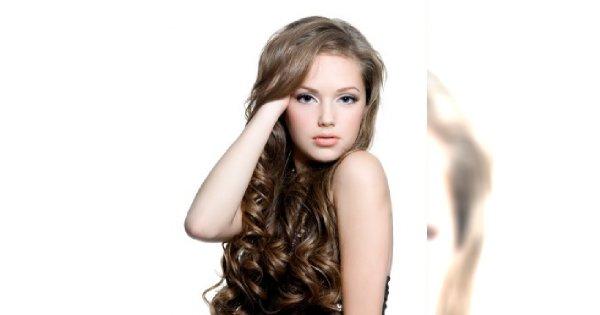 Przedłużanie włosów - skutki uboczne popularnych metod