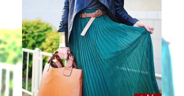 Hit wiosny - plisowana spódnica: jak nosić?