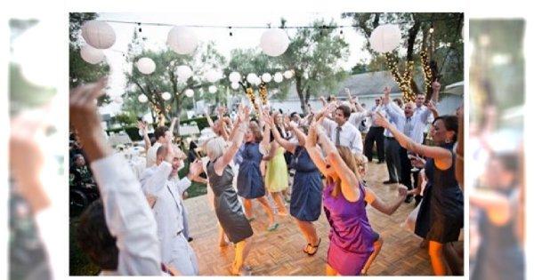 Weselny klimat, czyli jak się ubrać na (cudze) wesele