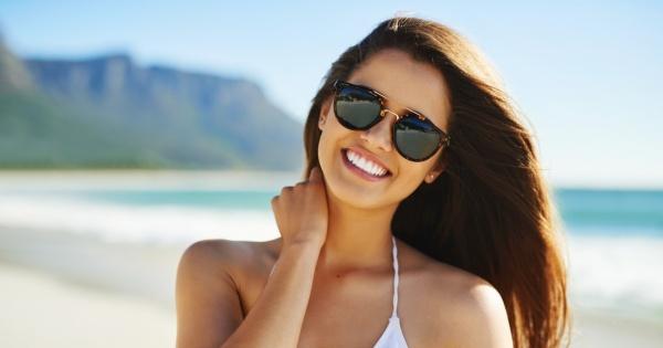 Bezpieczne opalanie. Dermatolog radzi, jak mądrze korzystać ze słońca