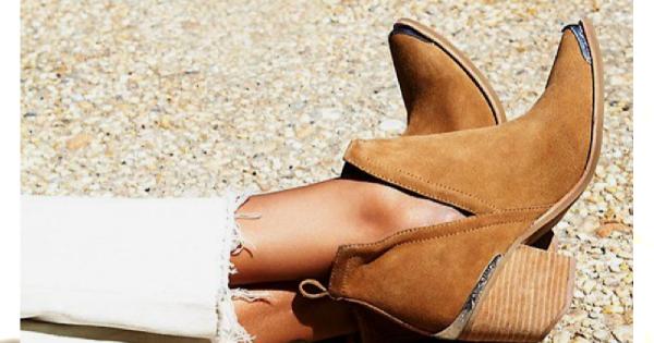 Modne buty na wiosnę-lato 2019: Kowbojki