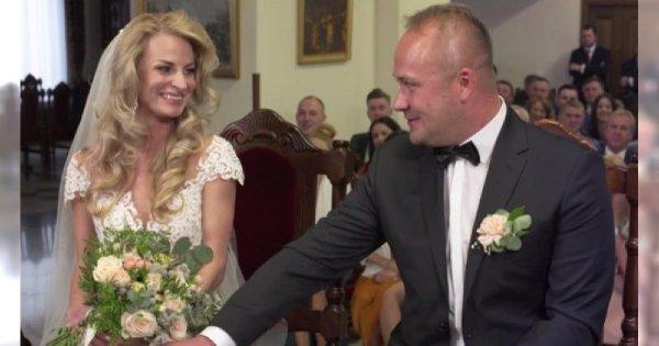"""Anita ze """"Ślubu od pierwszego wejrzenia"""" pozuje w sukni ślubnej! Weźmie drugi, tym razem KOŚCIELNY ŚLUB z Adrianem?"""