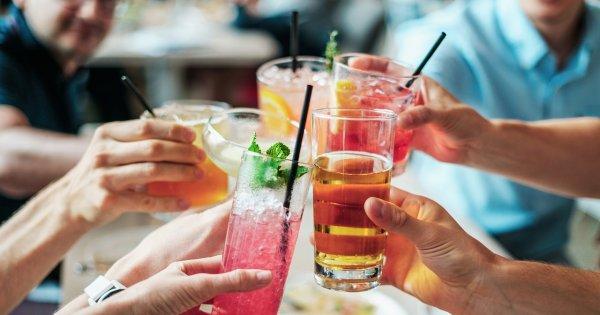 Najlepsze drinki, którymi zabłyśniesz przed przyjaciółmi!