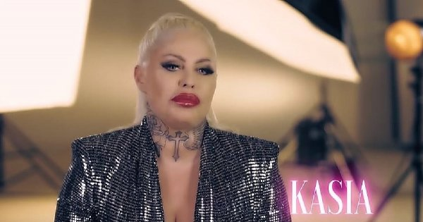 Królowe życia: Kasia nie chciała, aby to wyszło na jaw - wiek, tatuaże, kim jest, partner, co robi, córka Laura, Oława