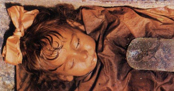 Dziecko zmarło 90 lat temu. Otwiera oczy, a naukowcy wyjaśnili dlaczego, szokujące