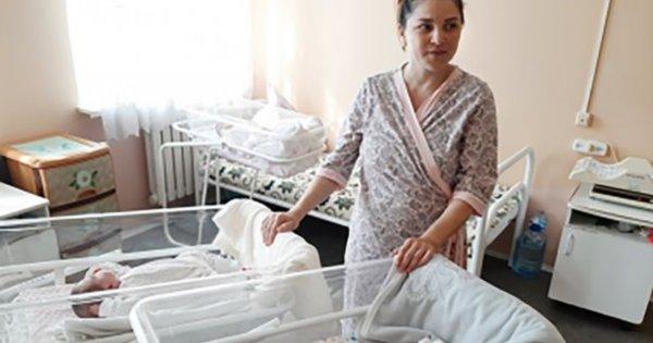 Cud: Mama rodzi bliźniaki w odstępie dwóch i pół miesiąca