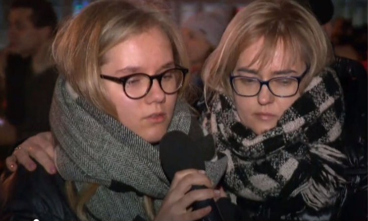 16-letnia córka Pawła Adamowicza pożegnała tatę. Słuchając Antoniny Adamowicz trudno opanować łzy