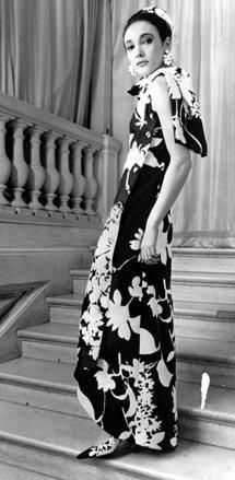 Kreacja Yves Saint Laurent z 1965 roku