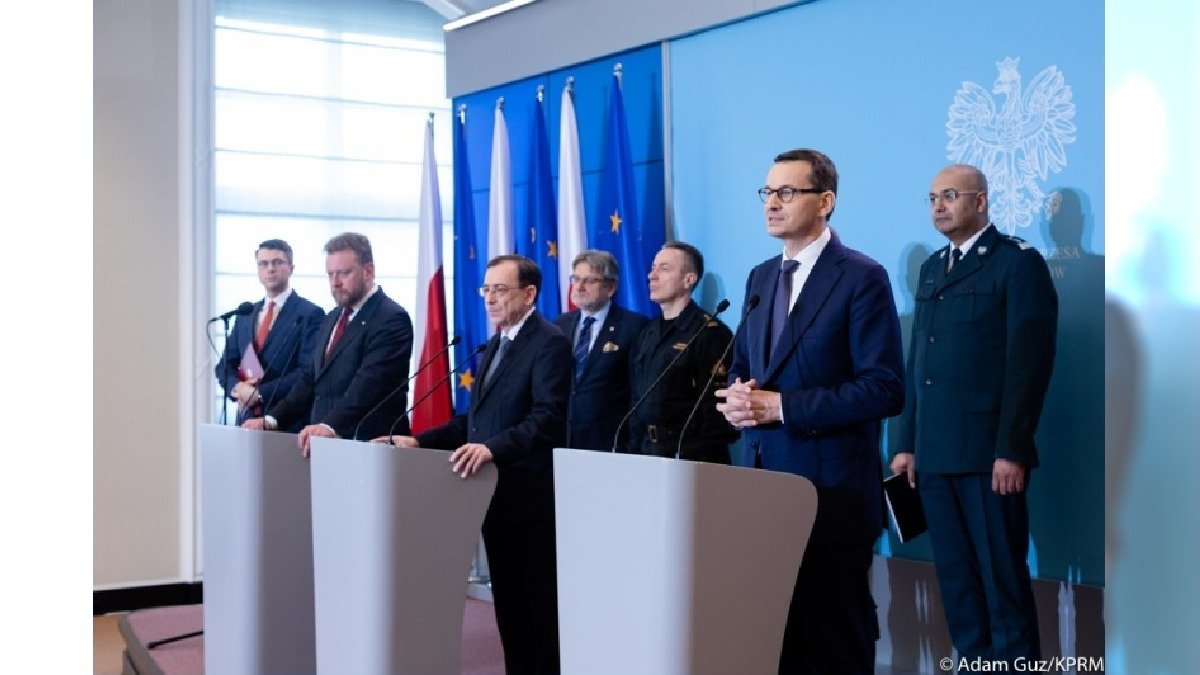 Kontrole sanitarne na granicach Polski. Rząd przygotowuje się na wzrost zachorowań