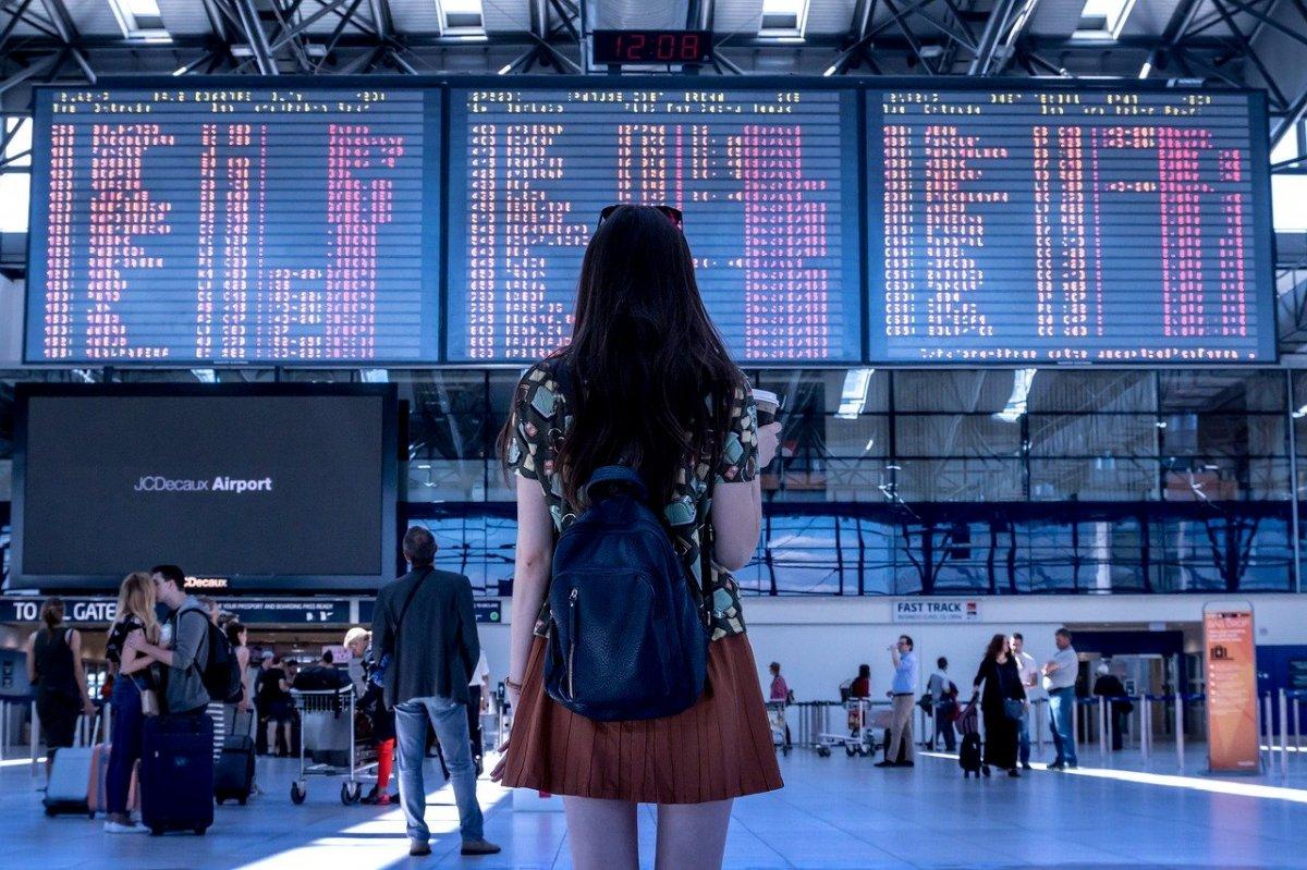 Od 1 czerwca LOT wznowi krajowe loty do 8 miast
